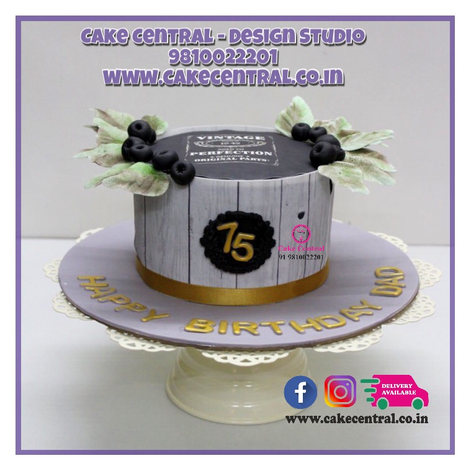 Luxury Bespoke Cake in Delhi