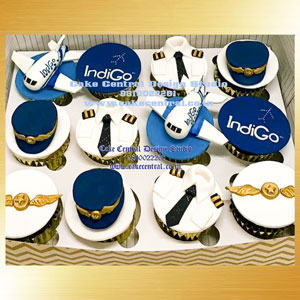 Pilot Themed Cupcakes in Delhi Online