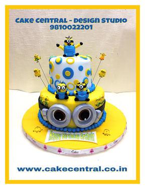 Minion DESPICABLE ME Theme Cake Delhi |