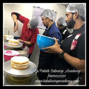 Professional Baking Classes & Courses in  Delhi , South Delhi , Gurgaon , Noida  | Cake Decoration & Fondant  Classes Delhi |  La Palate Culinary Academy , New Delhi, Delhi