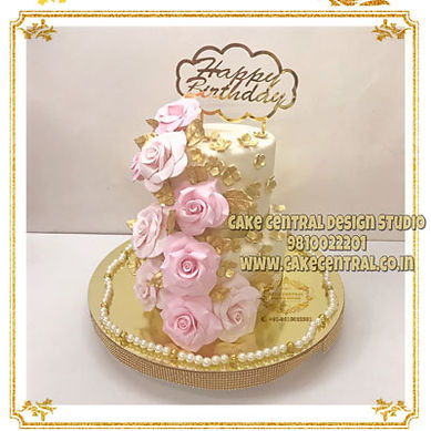 Elegant_Floral_Cakes_Wife_Delhi.jpg