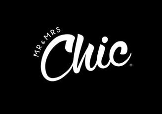 Chic_on_blk.jpg