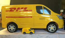 DHL-fith-scale-and-race-scale-models