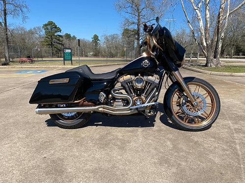 2014 Harley Davidson Custom Performance Bagger