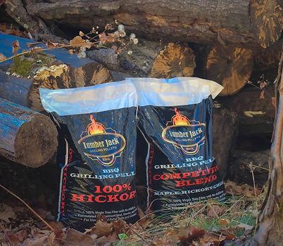 LumberJack-Bags-and-Logs-1024x892.jpg