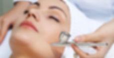 derma oxy gezicht met pen.jpg