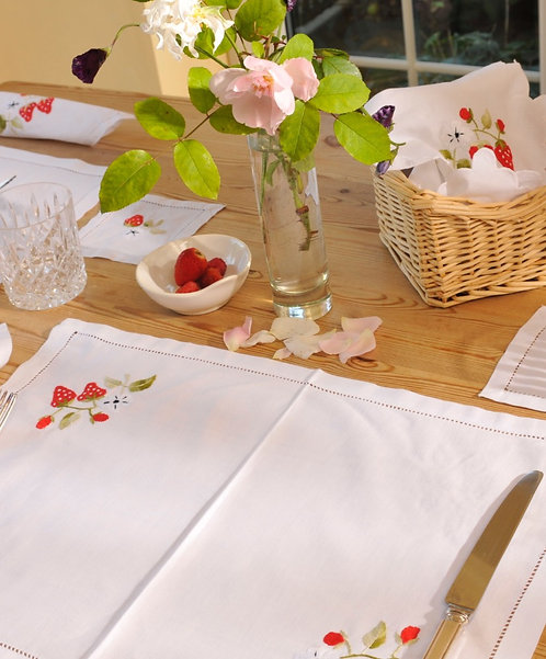 Strawberry patterned  Embroidered Table Mats
