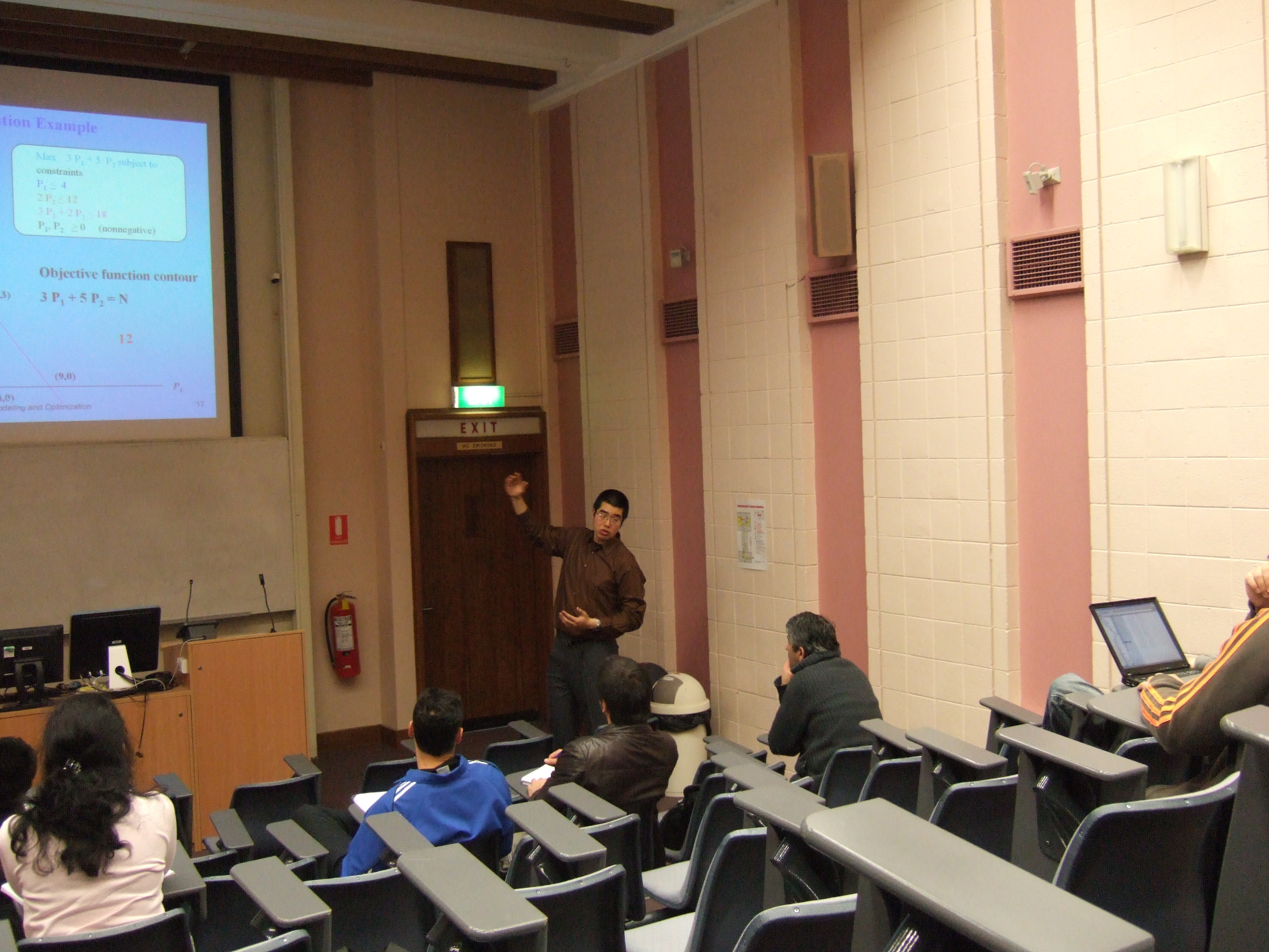 Yuming lecturing in ANU