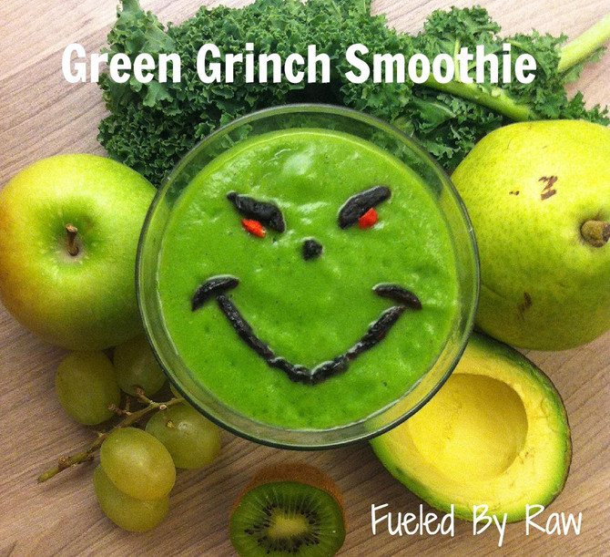 """""""Kid Approved"""" Green Grinch Smoothie"""