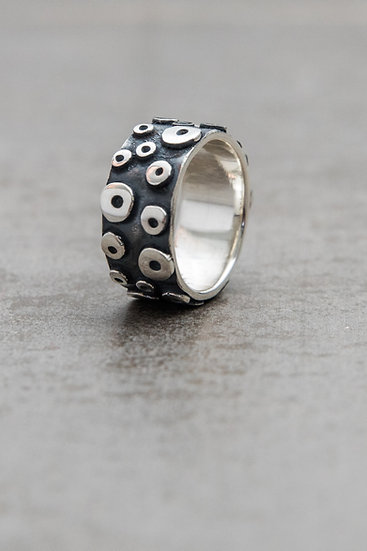 Octopus ring simple