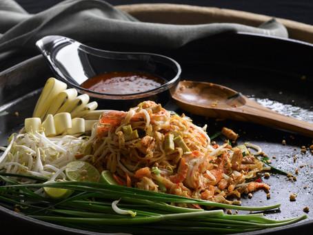 ผัดไทยกุ้งสด - Pad Thai
