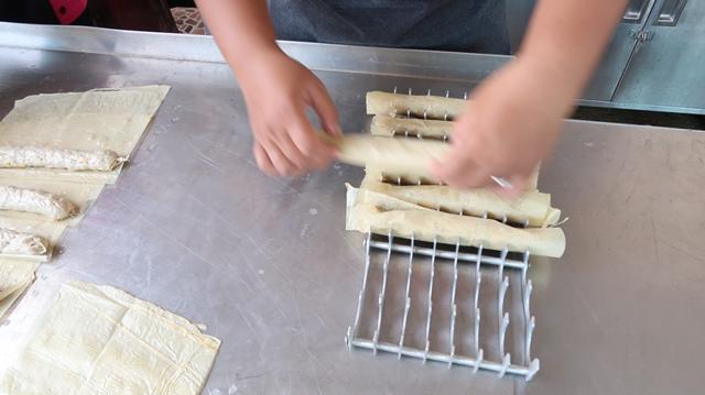 10 ขั้นตอนการทำหอยจ๊อ