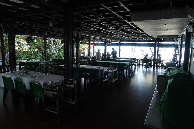 16 บรรยากาศภายในห้องอาหาร