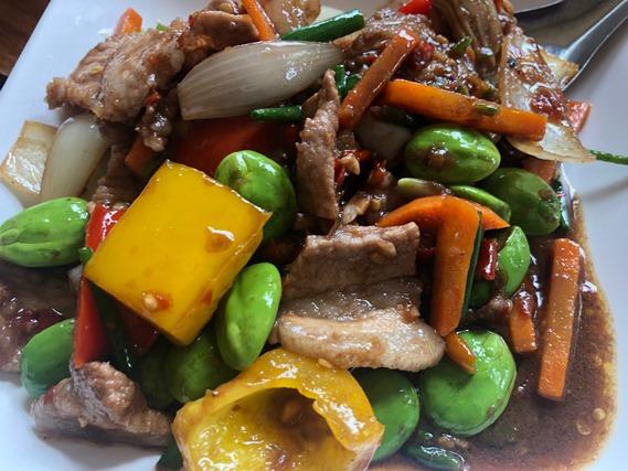 06 เนื้อผัดพริกไทยดำ