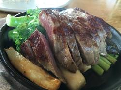 11 เนื้อวากิวย่าง