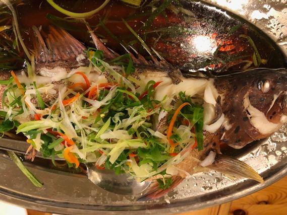 09 ปลากะพงนึ่งซีอิ๊ว