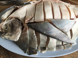05 เนื้อปลาจาระเม็ดสดๆ
