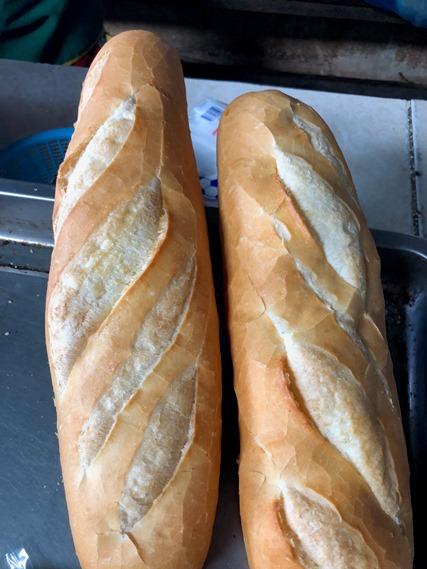 08 ขนมปังฝรั่งเศส (บาแก็ต)