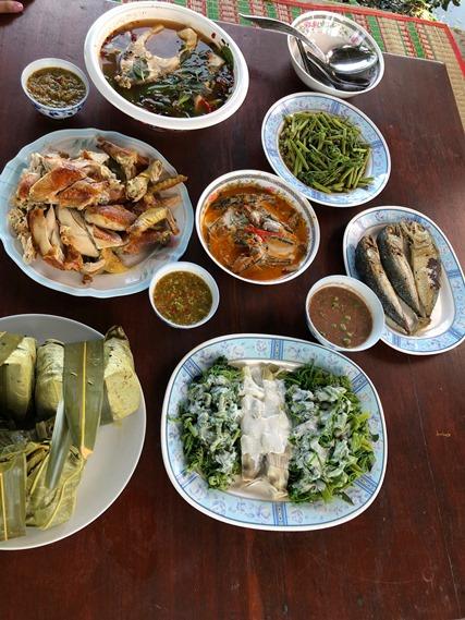 09 น้ำพริกปลาทู กับอาหารเมนูอื่นๆ