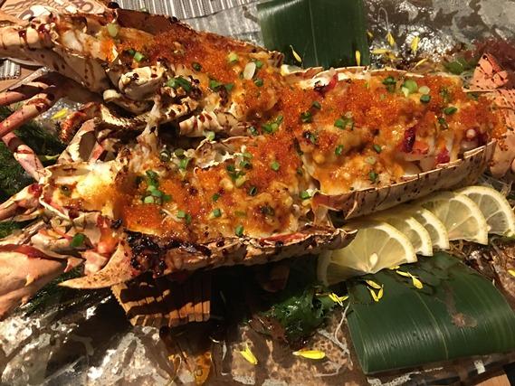 กุ้งล็อบสเตอร์ย่างกับไข่ปลาเมนไทโกะกับซอสมายองเนส