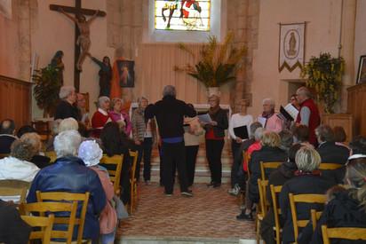 La chorale dans l'église
