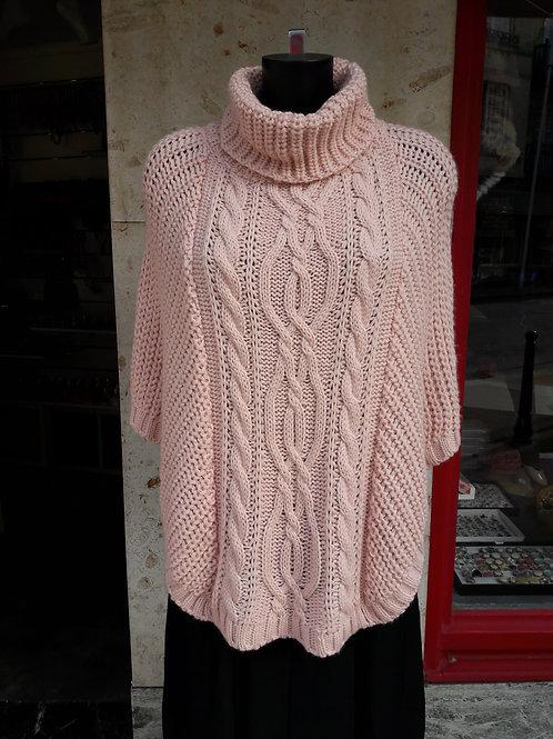 poncho tricoté 50% laine et mohair