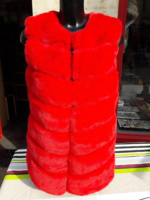 veste sans manches fausse fourrure dessin en V