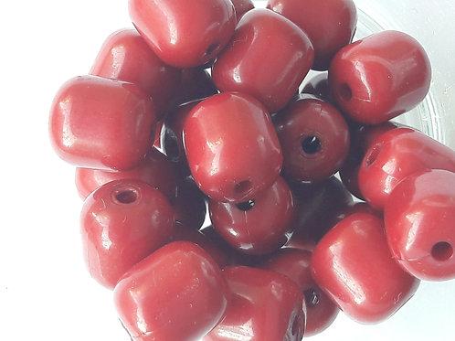 13 perles oblongues polymère rouge cerise 1cm*Ø9