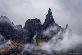 Hraundrangi, Öxnadal, Iceland