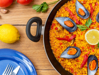 "Is Paella ""Okay"" for a Date?"