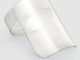 Ambev vai transformar garrafas PET em máscaras para profissionais de saúde
