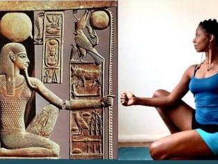 Kemetic Yoga: a prática africana cujas posições imitam deuses do antigo Egito