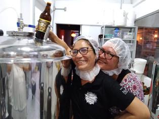 Benedita, cerveja produzida por mulheres da periferia de São Paulo, amplia seu mercado na pandemia