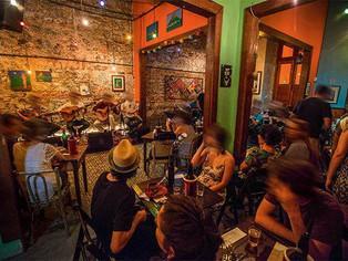 Documentário conta a história do bar Semente onde a MPB se renovou