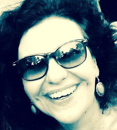 A jornalista Sônia Apolinário é a autora do blog Comunic