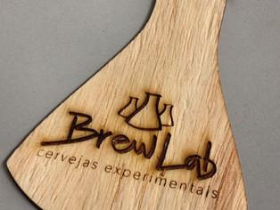 Paixão, conhecimento e inovação compõem a receita da BrewLab, nova cervejaria de Niterói