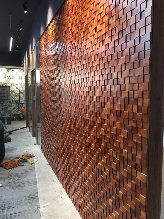 Gỗ ốp tường mosaic 3D đẹp cho văn phòng làm việc và trang trí nội thất văn phòng công ty