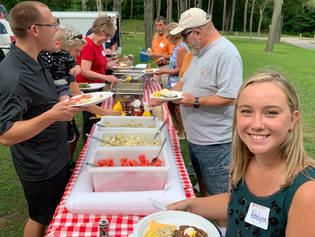 Beacon Wealth Group Celebrates Clients at Appreciation Picnic