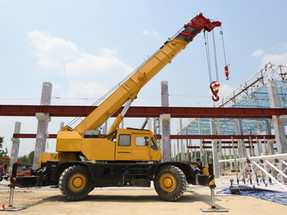 Operated & Bare Crane Rentals