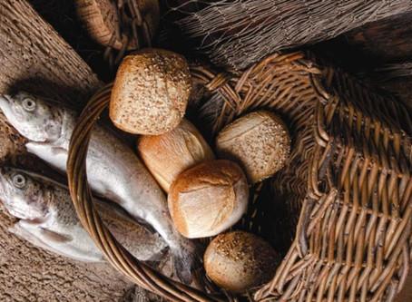 5 pães, 2 peixes, 1 coração generoso