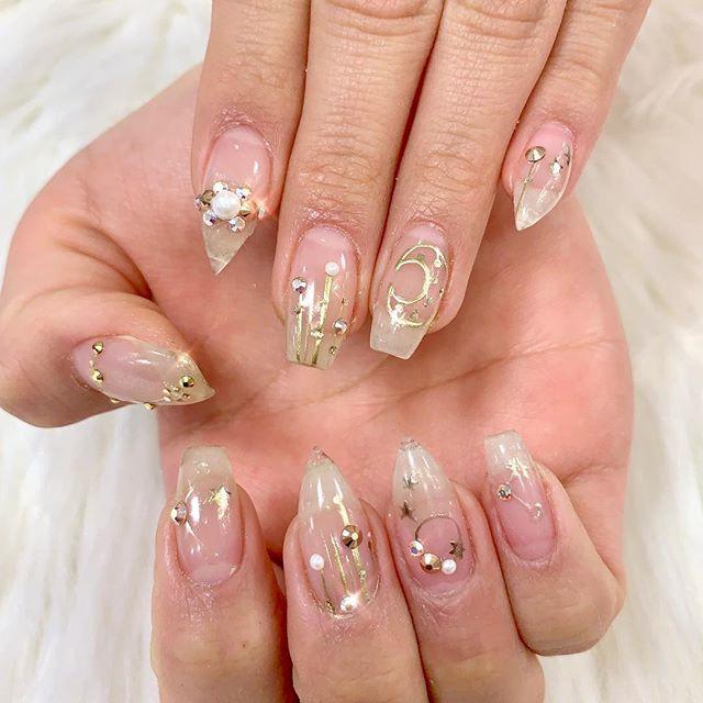 Written in the stars🤩 _Birthday nails f