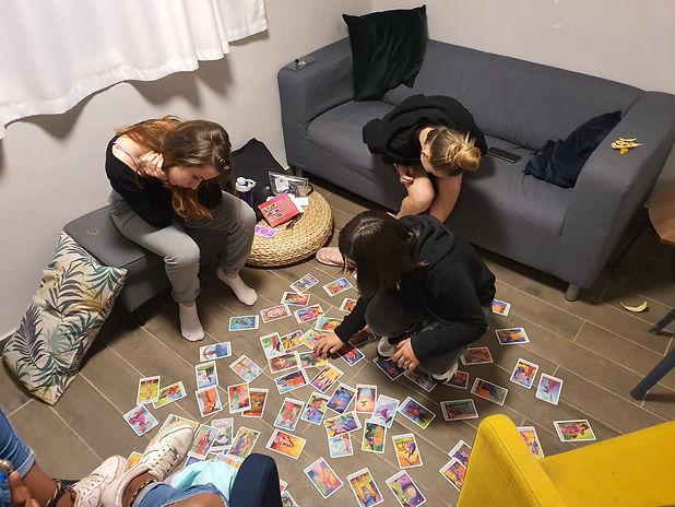 קבוצת נערות