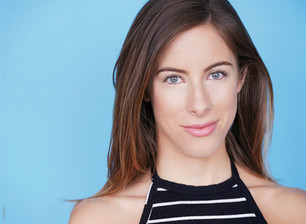 Canadian actress Claire Stollery is funny and commanding in 'Love in the Age of Like'