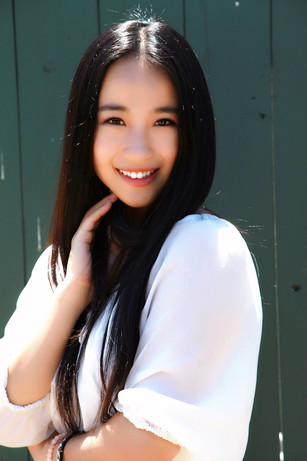 """Actress Ariel Zhang helps those that were """"once like her"""" with CITIC Bank commercial"""