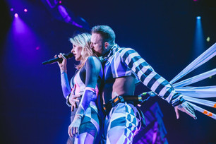 Jackson Williams dances around the world with Ellie Goulding's tour