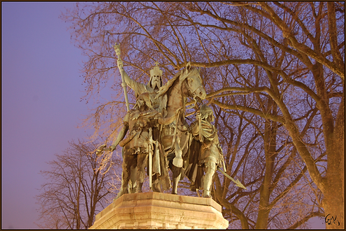 Charlemagne, Paris