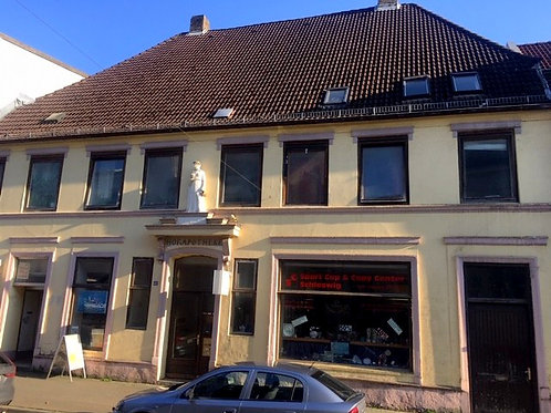 Wohn- und Geschäftshaus/ Renditeobjekt in zentraler Lage von Schleswig