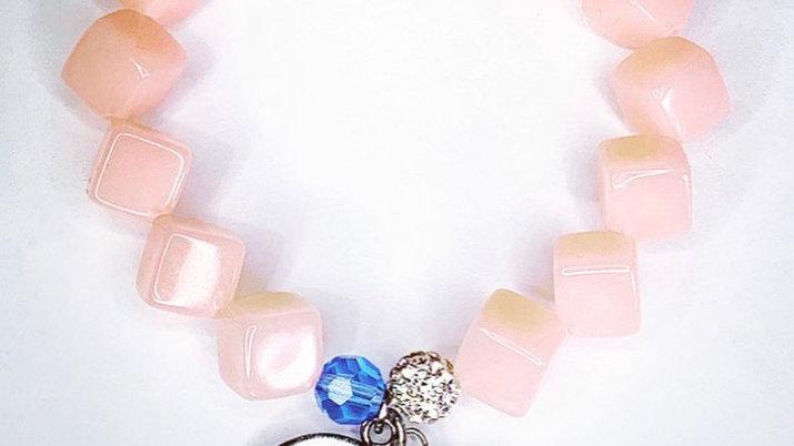 Pink square beaded bracelet — JJ vintage logo