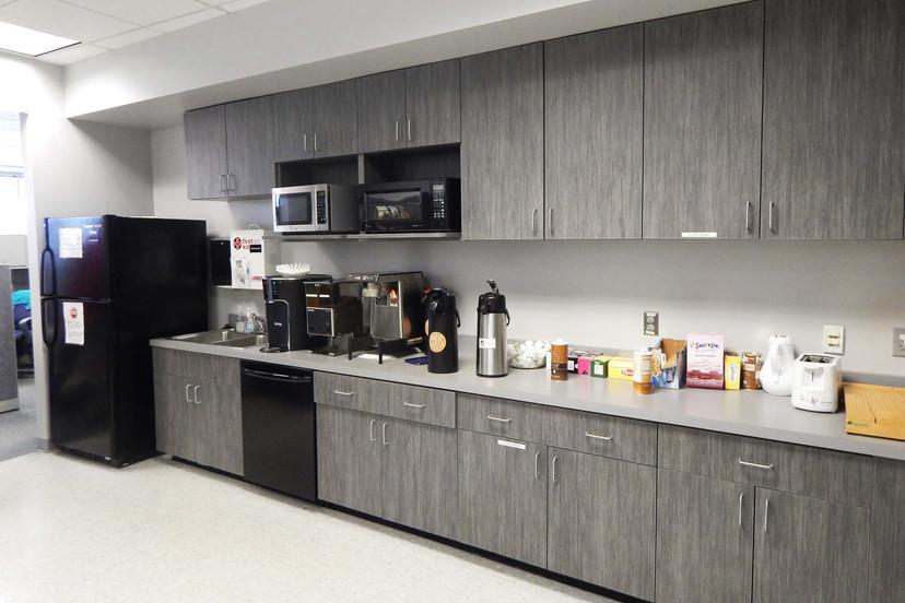 Harman12 Kitchen.jpg