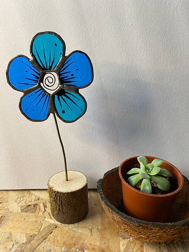 Stained Glass Flower House Plant Stake - Blue